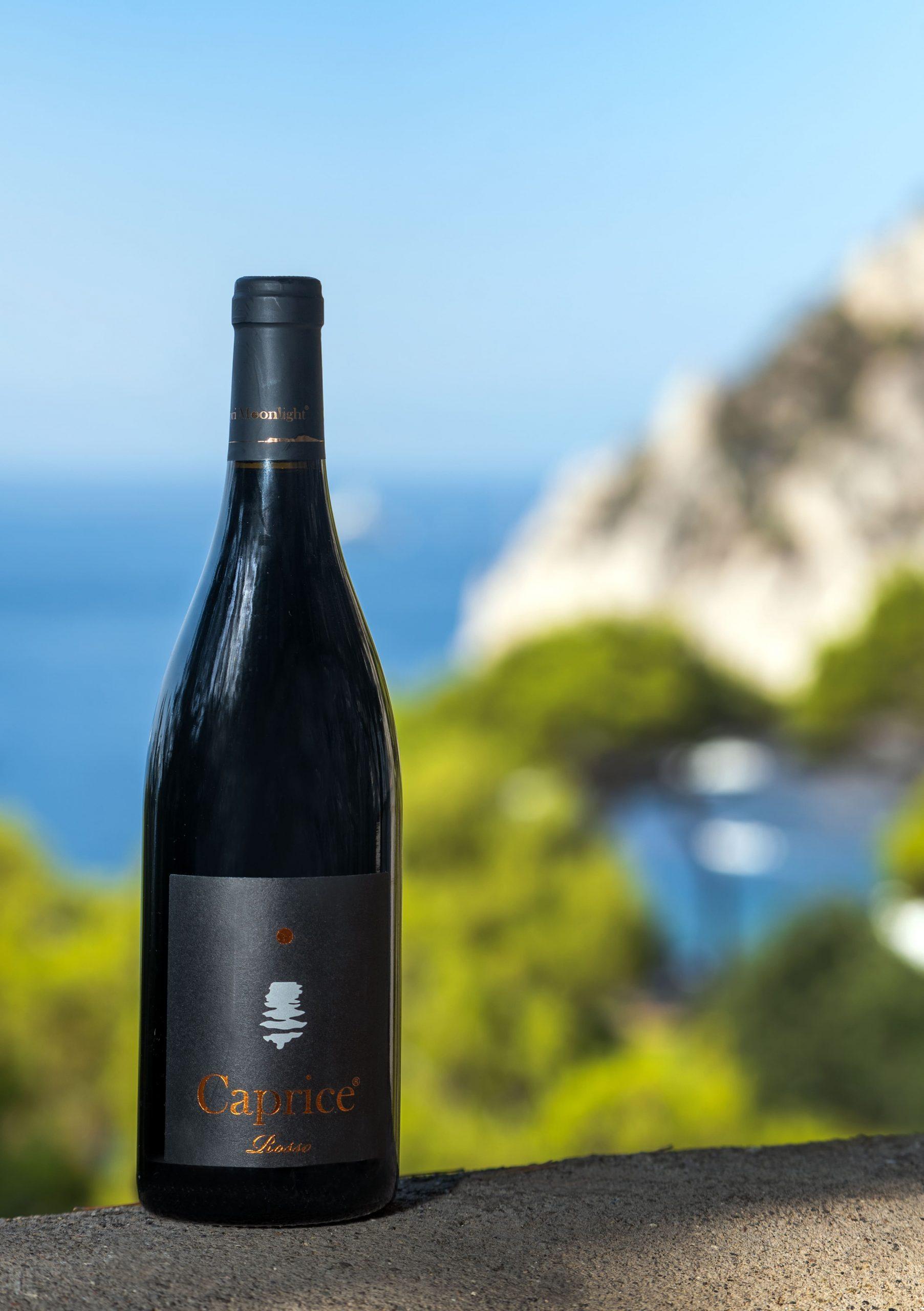 caprice rosso. capri moonlight. wine capri