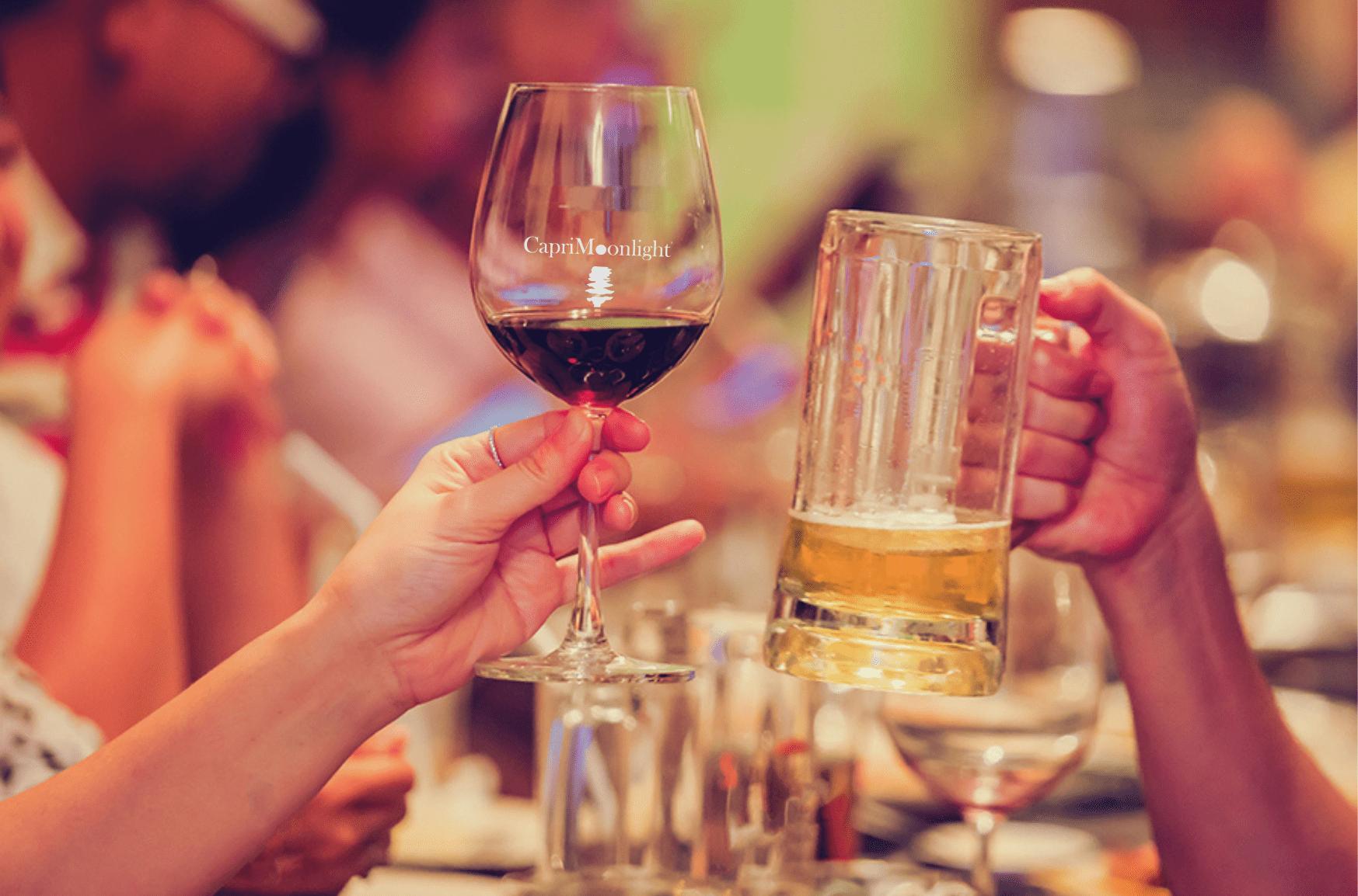 Oktober Weinfest: oltre alla birra, a Monaco si beve anche tanto vino! 🍺🍷